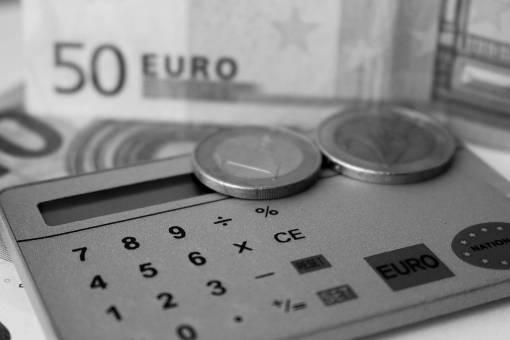 hand  money  product  cash  eye  euro