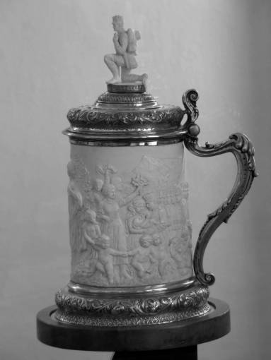 antique  statue  metal  mug  lighting