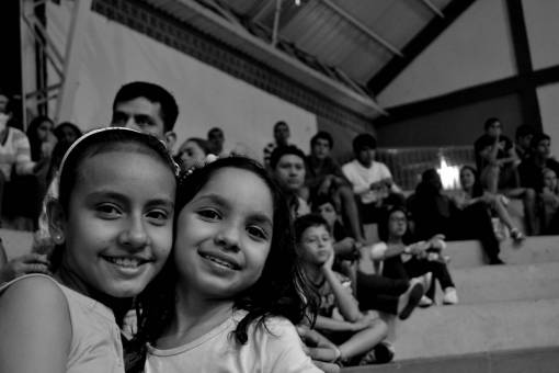 crowd  portrait  youth  friendship  smiling