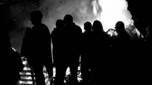 nature  silhouette  gathering  people  night