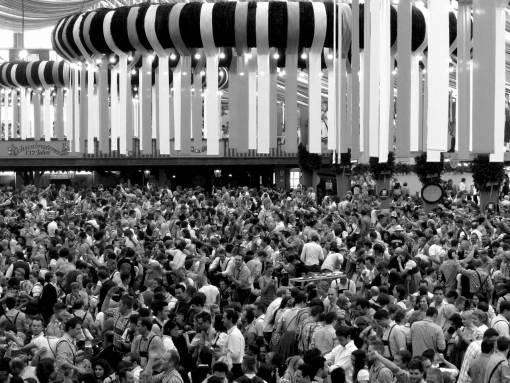 people  crowd  travel  audience  europe