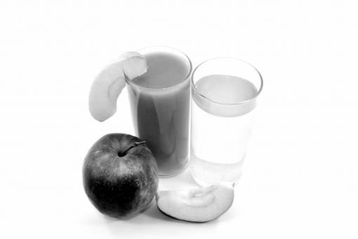 juice fruit apple drink syrup fresh breakfast beverage food cc0