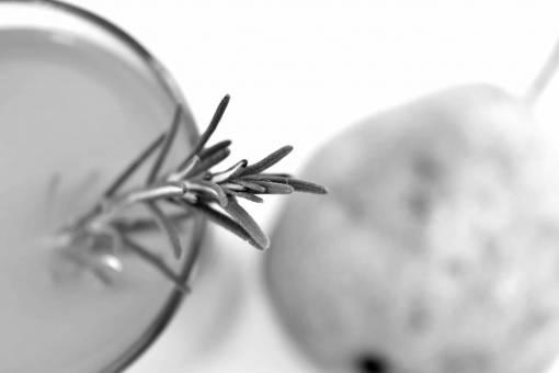 vitamin juice health syrup beverage pear fruit ingredients cooking nature