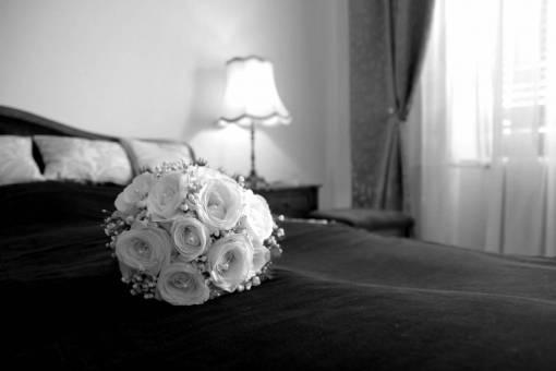 decoration bouquet cushion lamp bedroom hotel windows rose still flower