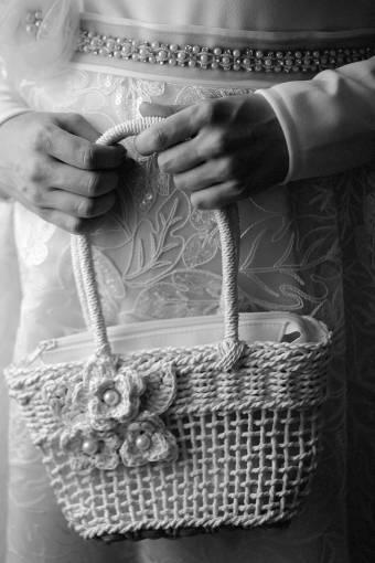 luxury handbag pearl hands woman retro skin hand