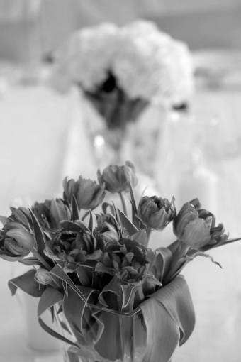 tulips table stem elegance vase leaves romance decoration